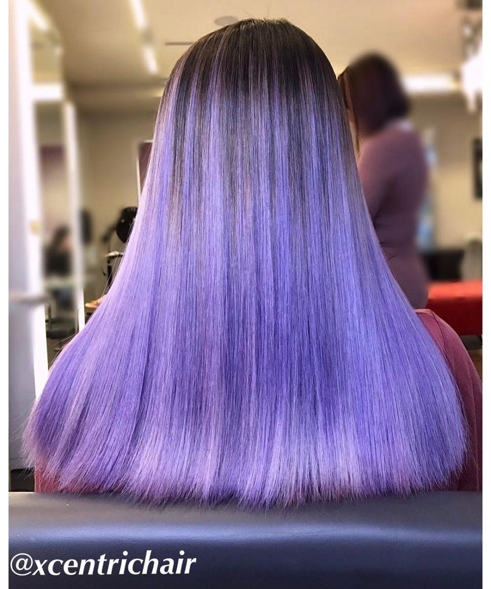 fialová pastelová barva vlasy účes