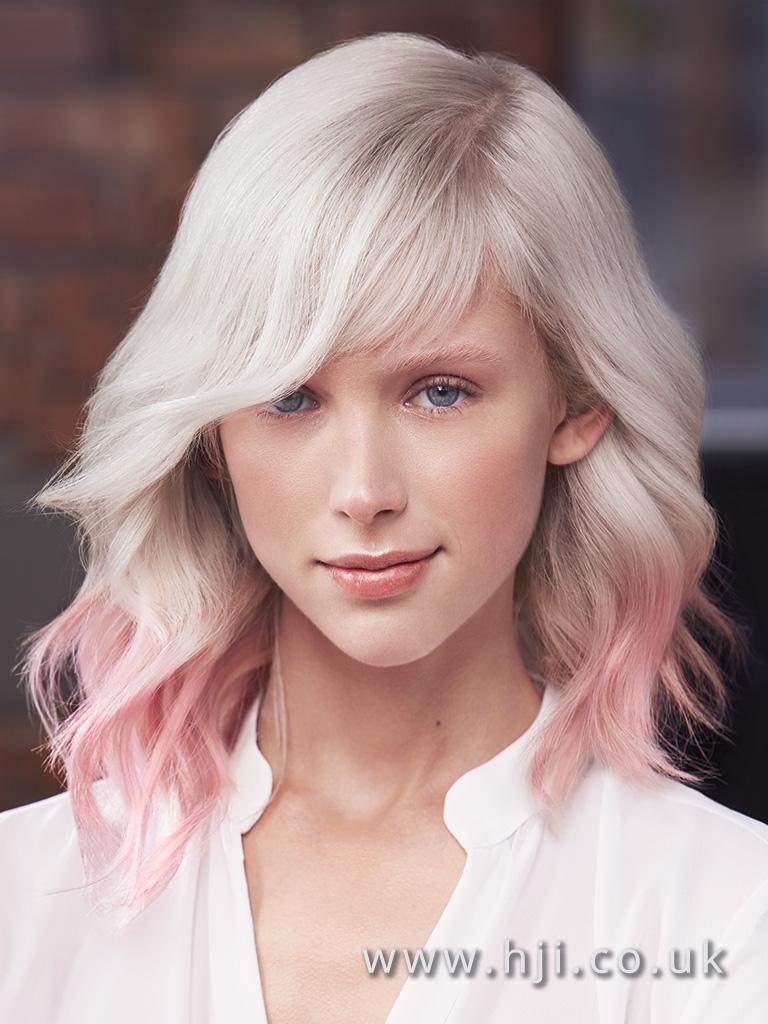 blond růžové barvy vlasy